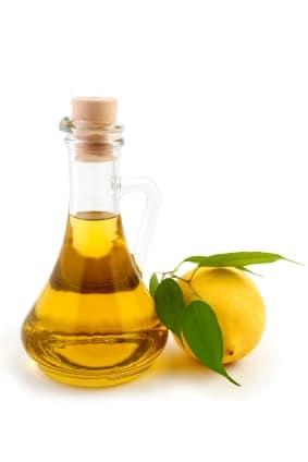 olivový olej a citron
