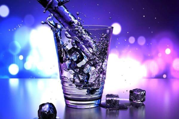 elektrolytická voda