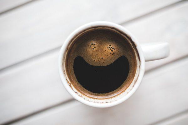 Kolik kávy je možné bez obav vypít za den?