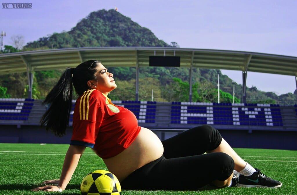 Fotbal a kolektivní sporty v těhotenství.