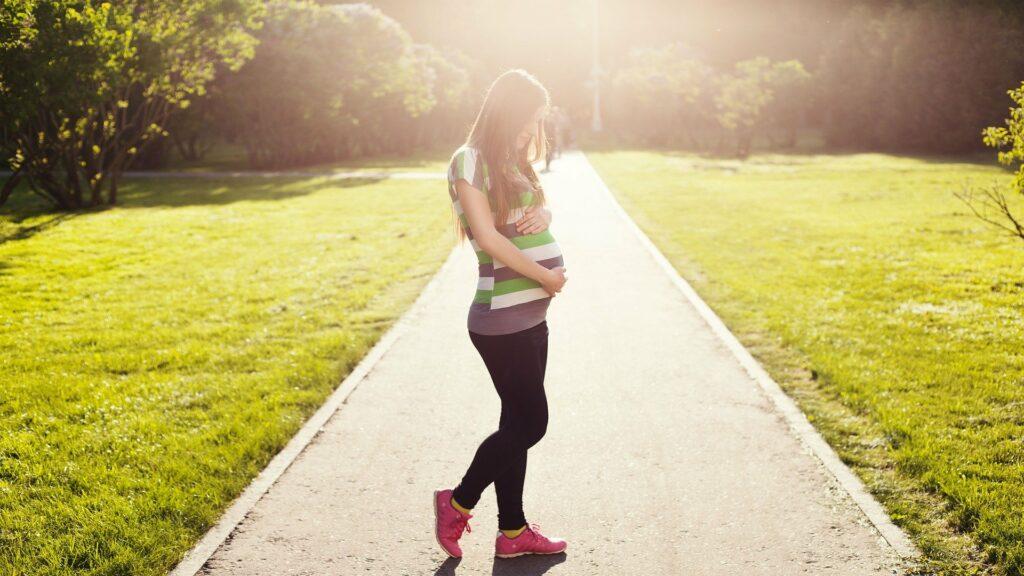 Těhotenství a početí očima statistiky.