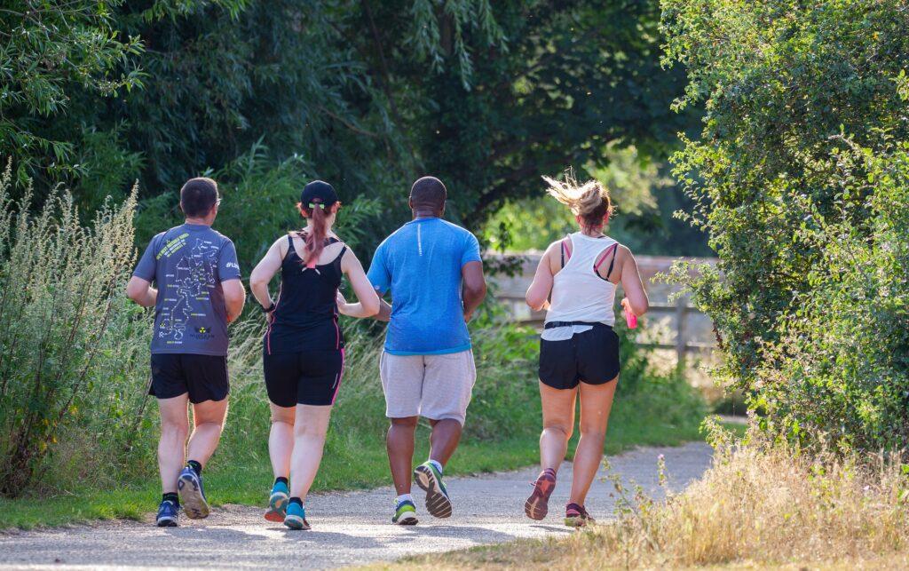 Běhání je vhodný sport na hubnutí.