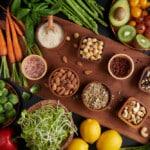 \rozmanité příklady plnohodnotných potravin.